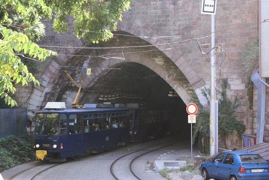 Tunnel du tramway sous le château, Bratislava