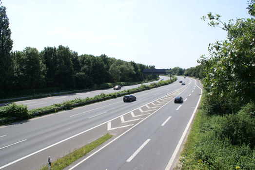 A 52, Düsseldorf-Rath