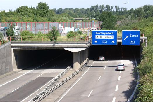A 44, Düsseldorf-Lichtenbroich - Volkardey Tunnel