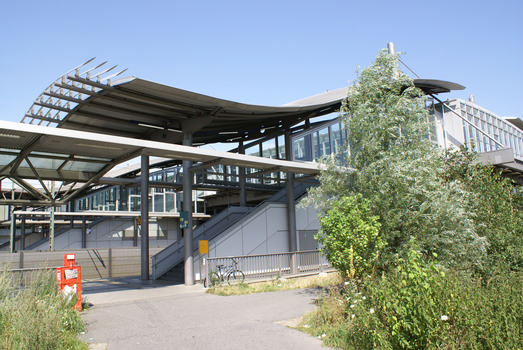Düsseldorf Airport - Train Station