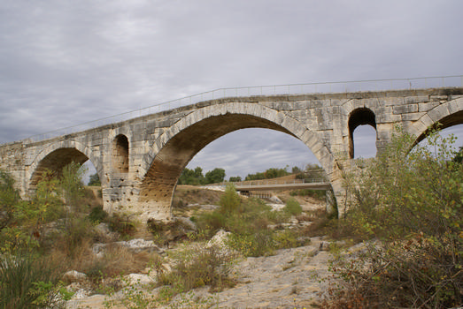 Bonnieux / Apt - Julianische Brücke