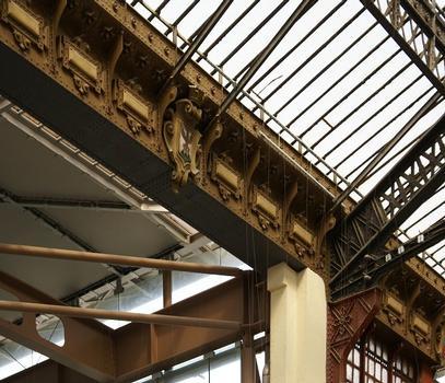 Saint Charles Station