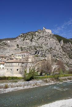 Stadtmauern von Entrevaux – Zitadelle Entrevaux