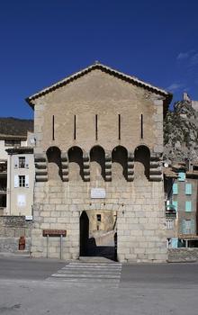 Entrevaux City Walls – Pont de la Porte Royale