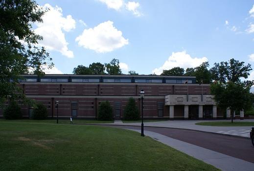 Universität Princeton – DeNunzio Pool