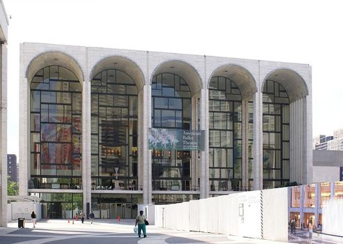 Lincoln Center for the Performing Arts – Metropolitan Opera House