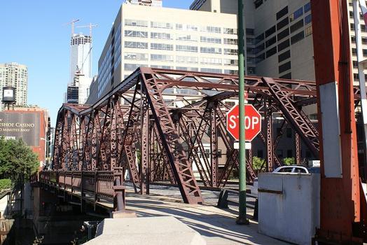 Kinzie Street Bridge