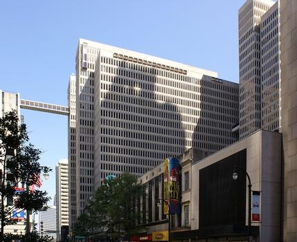 Peachtree Center – Peachtree Center South