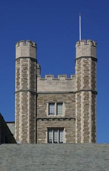 Universität Princeton – Dillon Gymnasium