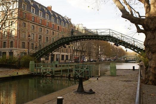 Canal Saint-Martin – Passerelle de la Douane