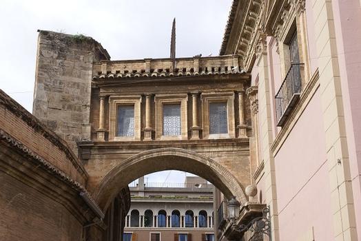Kathedrale in Valencia & Basílica de la Virgen de los Desamparados