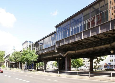 Hochbahnhof Nollendorfplatz