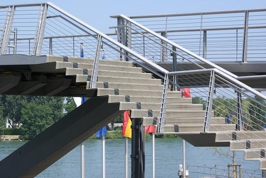 Fußgängerbrücke Weil am Rhein
