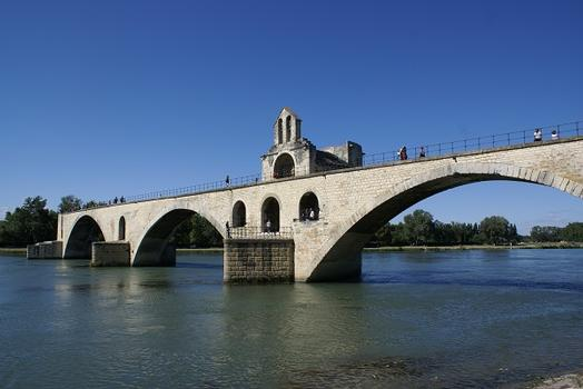 Saint-Bénezet Bridge