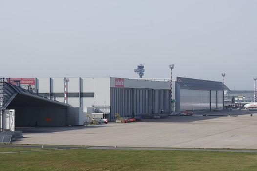Aéroport Düsseldorf-International – LTU Hall 8 – Hangar 7 de l'aéroport de Düsseldorf
