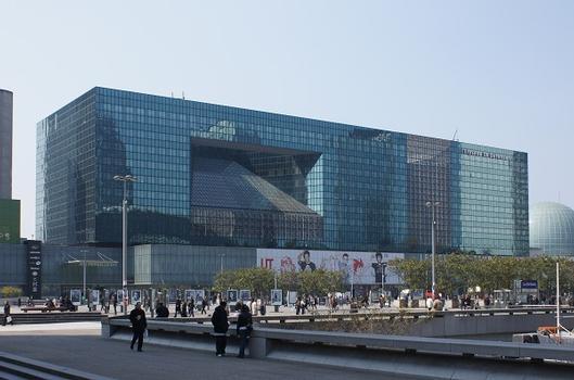 Paris-La Défense – Centre Commercial Les Quatre Temps – Les Elysées La Défense