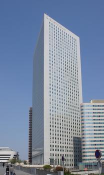 Paris-La Défense – Faubourg de l'Arche – Tour Egée