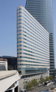 Faubourg de l'Arche – Pullman Paris La Défense