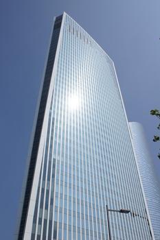 Paris-La Défense – Granite-Turm
