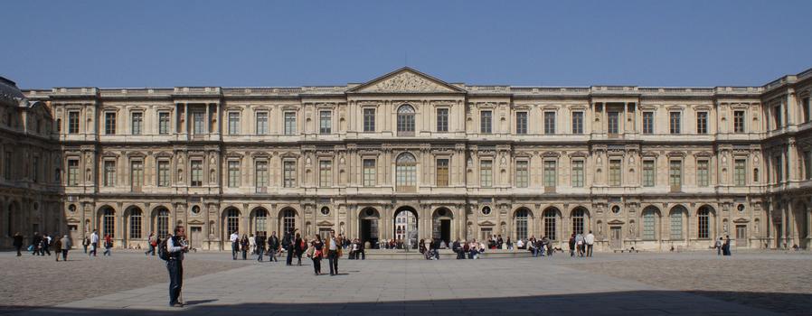 Palais du Louvre - Cour Carrée