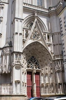 Cathédrale Saint-Pierre-Saint-Paul