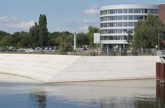 Stufenpromenade Holzhafen
