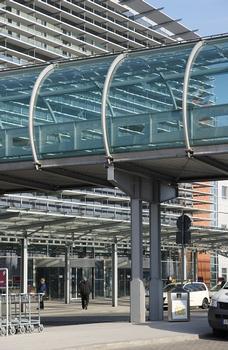 Passerelle à l'aéroport de Dresde