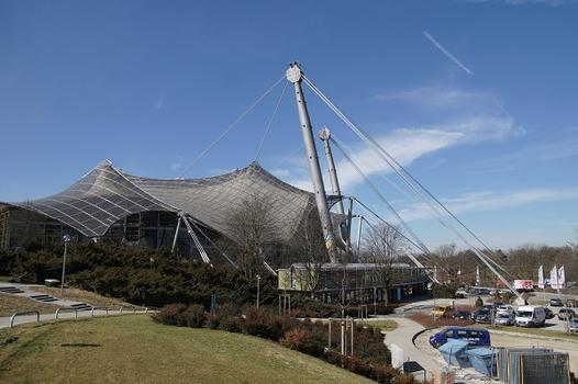 Toit des installations sportives du Parc Olympique