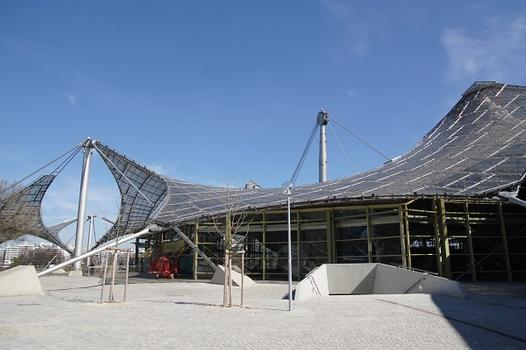 Roof over the buildings of the Olympic Park – Olympiahalle