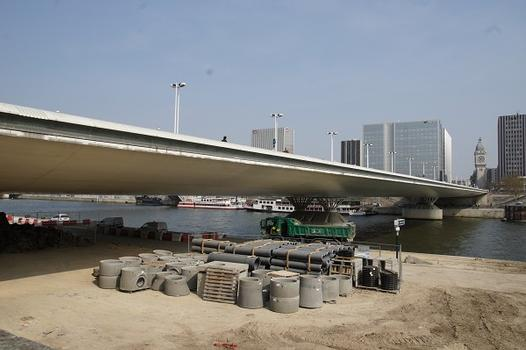 Charles de Gaulle Bridge