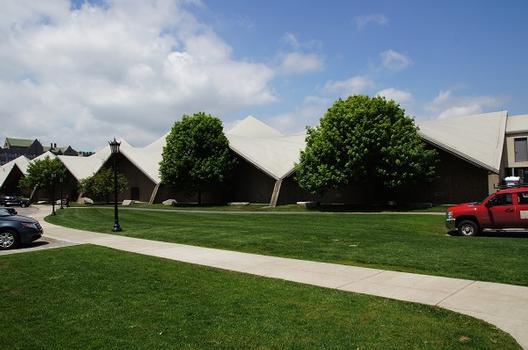 William B. Flynn Student Recreation Complex