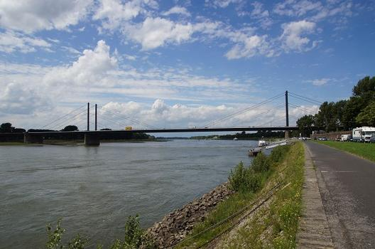 Theodor Heuss Bridge