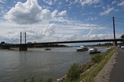 Pont Theodor-Heuss