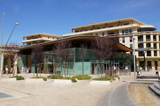Halle commerciale Les Allées Provençales