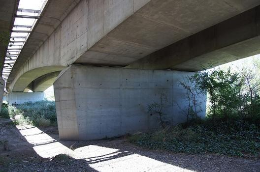 Viaduc autoroutier de Bonpas