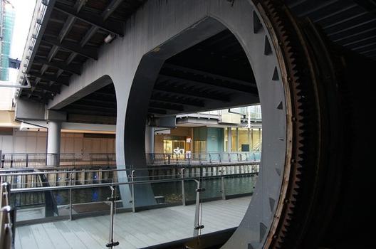 Bellmouth Bridges