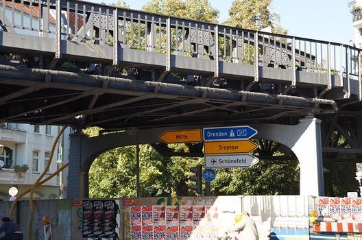 U 1 Subway Line (Berlin) – Hochbahnbrücke Schlesische Straße