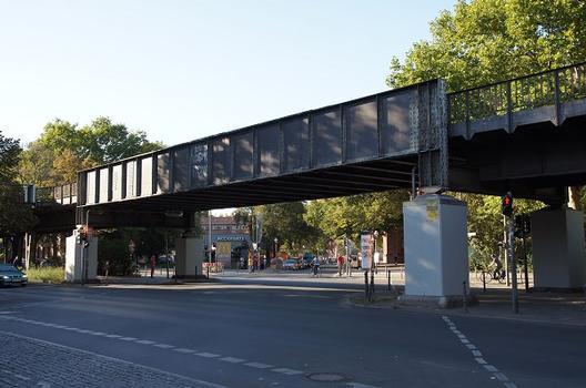 Hochbahnbrücke Wrangelstraße