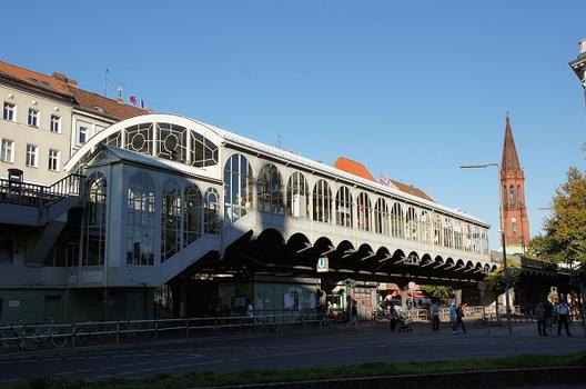 Station de métro Görlitzer Bahnhof