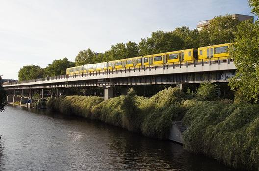 Hochbahnviadukt Gitschiner Straße (II) – Hochbahnviadukt Gitschiner Straße (III)
