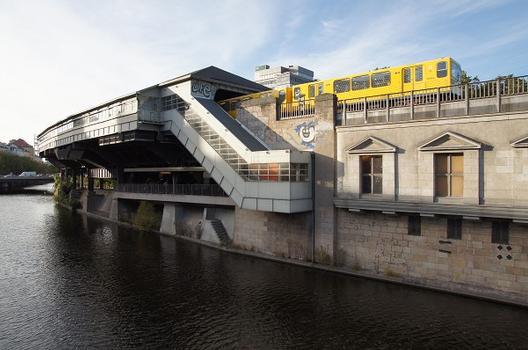 Station de métro Hallesches Tor