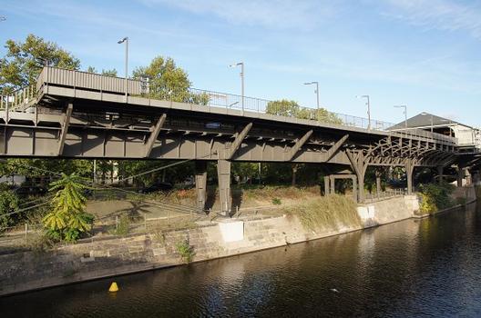 Hallesches Tor Metro Station – Hochbahnviadukt Hallesches Ufer (I)