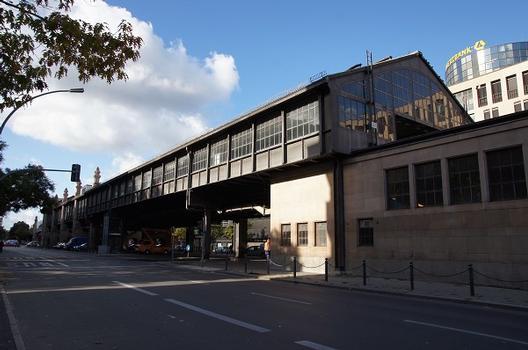 U-Bahnhof Bülowstraße