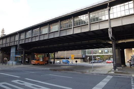 Station de métro Bülowstraße