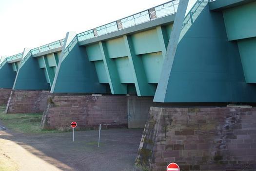 Zweite Kanalbrücke über die Weser in Minden