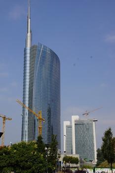 Cesar Pelli A Tower