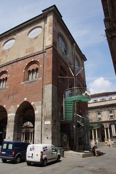 Escallier extérieur du Palazzo della Ragione