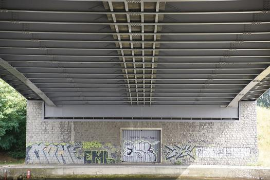 Pont de Haccourt