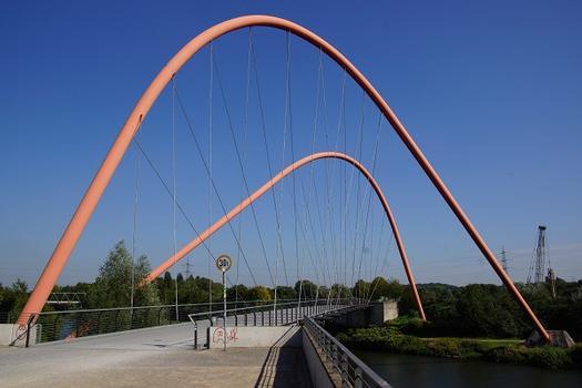 Pont en double arc du Nordsternpark