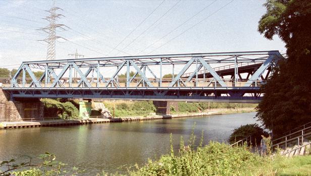 Brücke No. 319 über den Rhein-Herne-Kanal in Oberhausen
